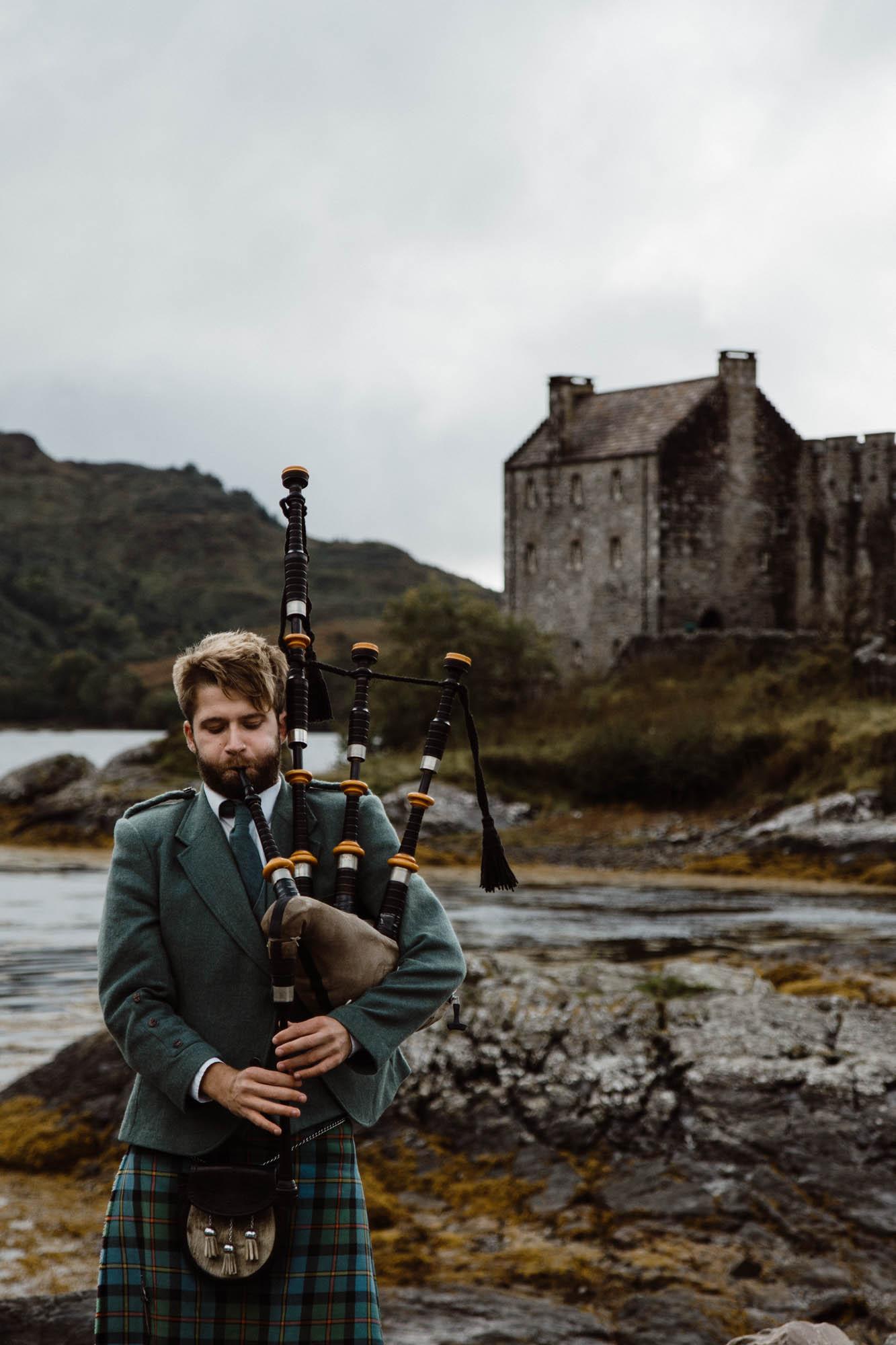 Scotland portrait photographer, Scotland Model, UK Fashion model, wedding photographer scotland, photographer edinburgh scotland, Eilean Donan Castle