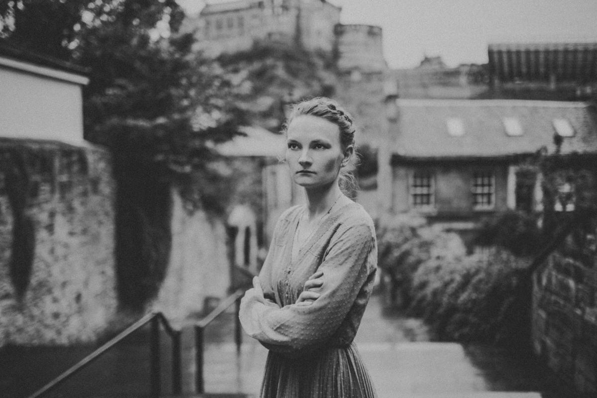 Edinburgh Portrait Photographer - Justyna, Old Town, Armchair Books 3