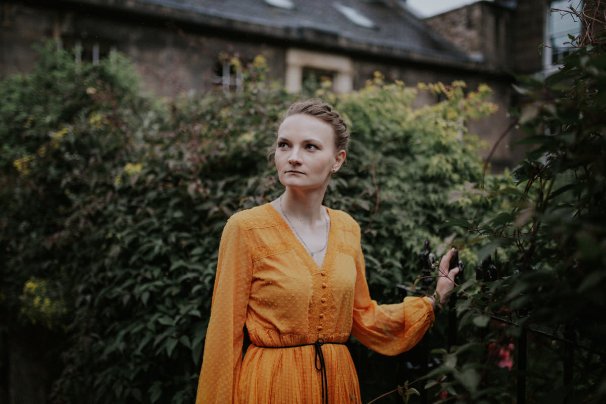 Edinburgh Portrait Photographer - Justyna, Old Town, Armchair Books 8