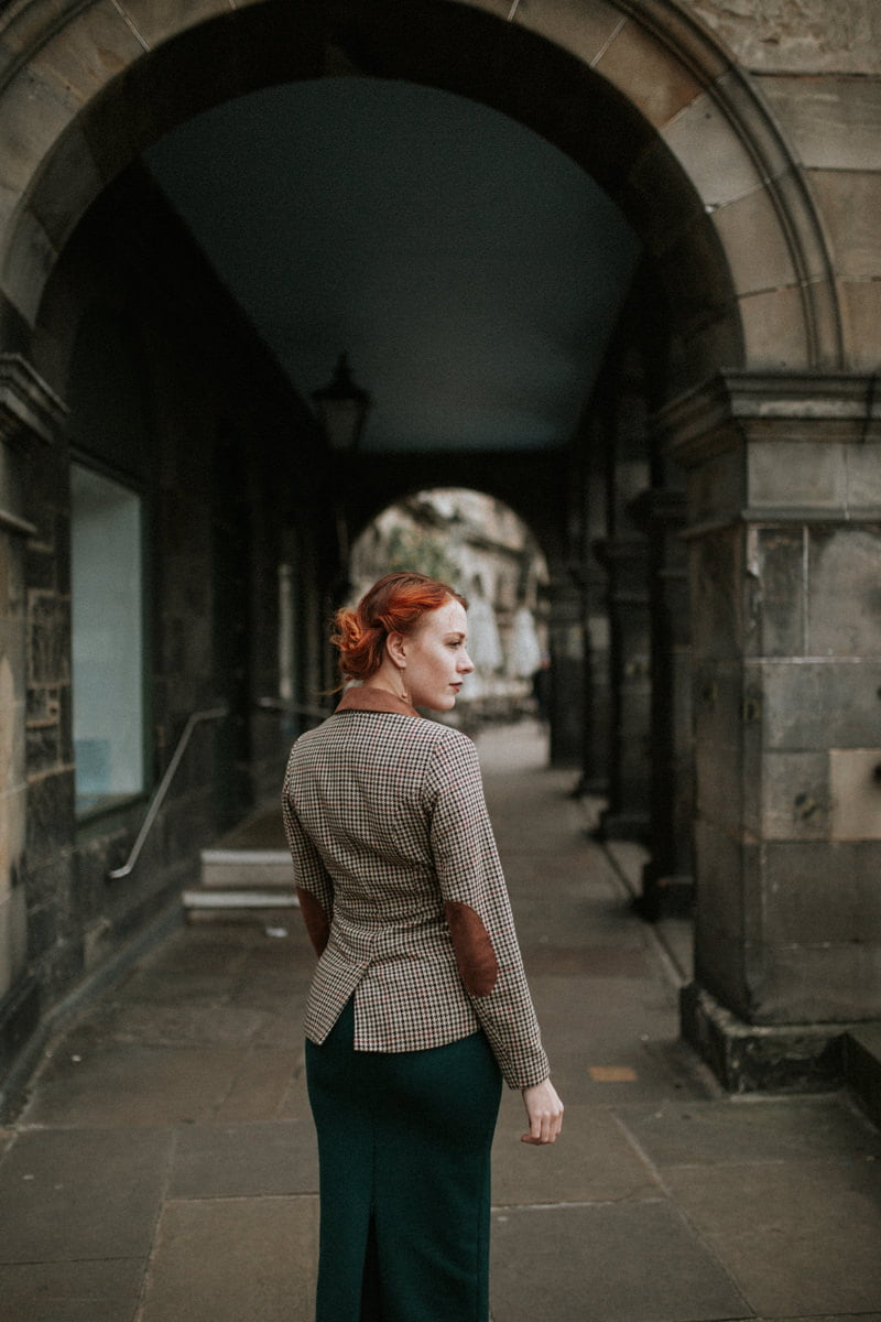 edinburgh portrait photographer, scotland portrait photohgrapher, photographer Edinburgh Scotland, Simple Statements earrings, Victoria Street Edinburgh