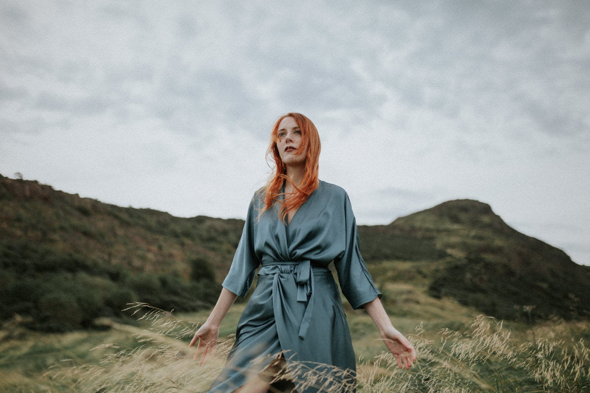 edinburgh portrait photographer, scotland portrait photohgrapher, photographer Edinburgh Scotland, Arthur's Seat, twist&tango dress