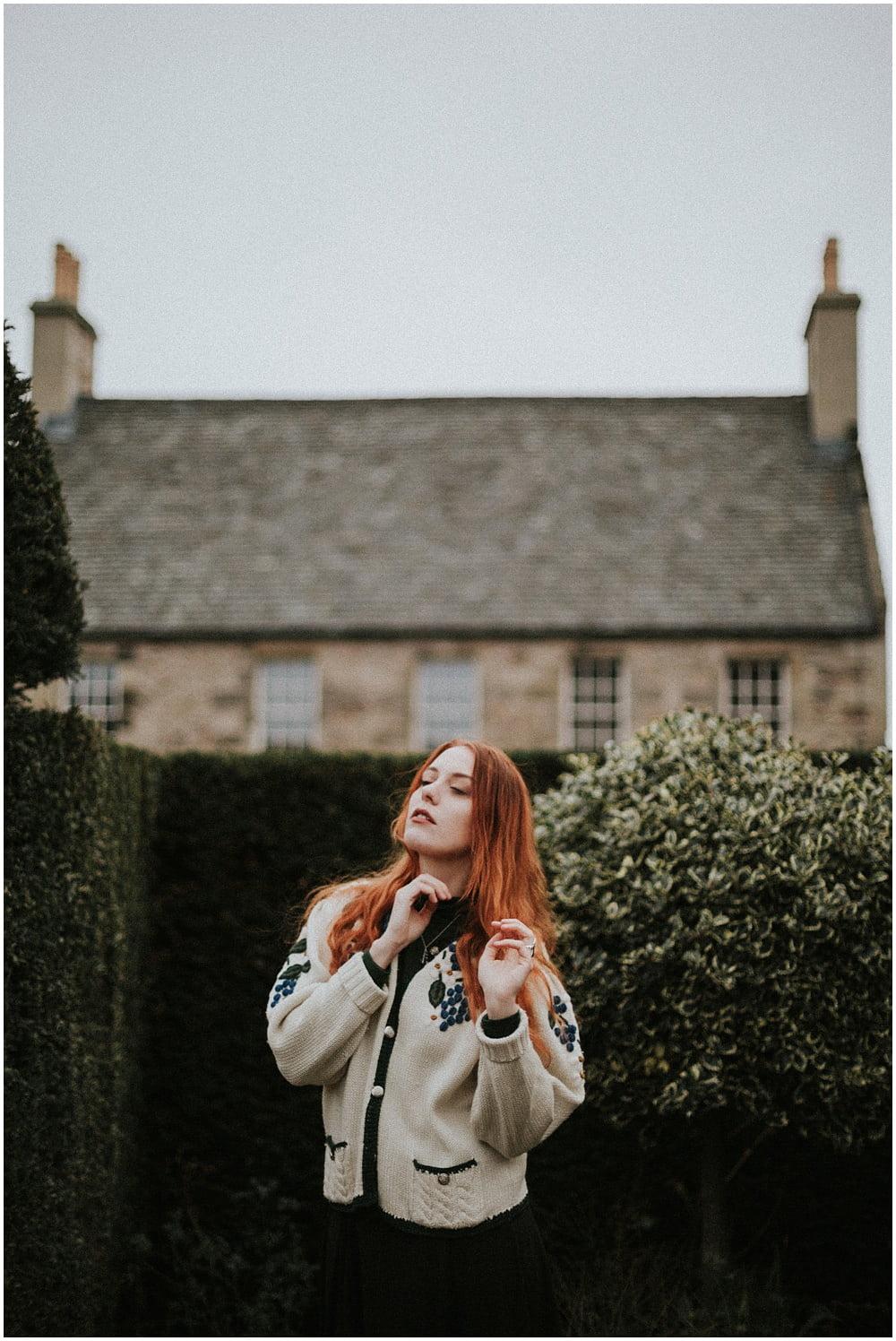 Edinburgh Portrait Session in Dunbar's Close, Edinburgh Secret Corner