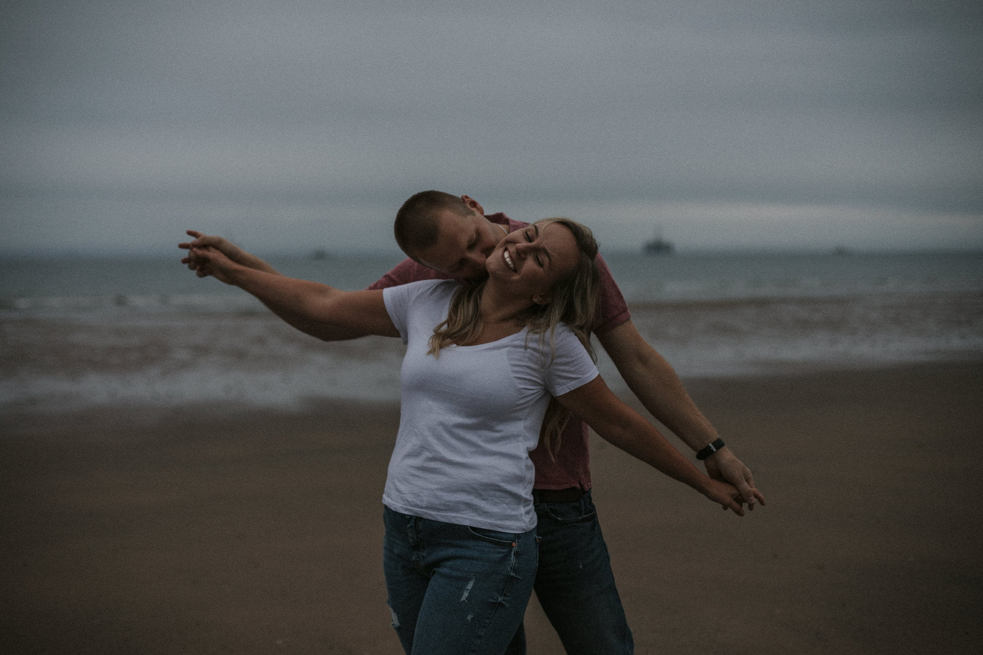 Beach Leven Fife, Adventurous Couples Session
