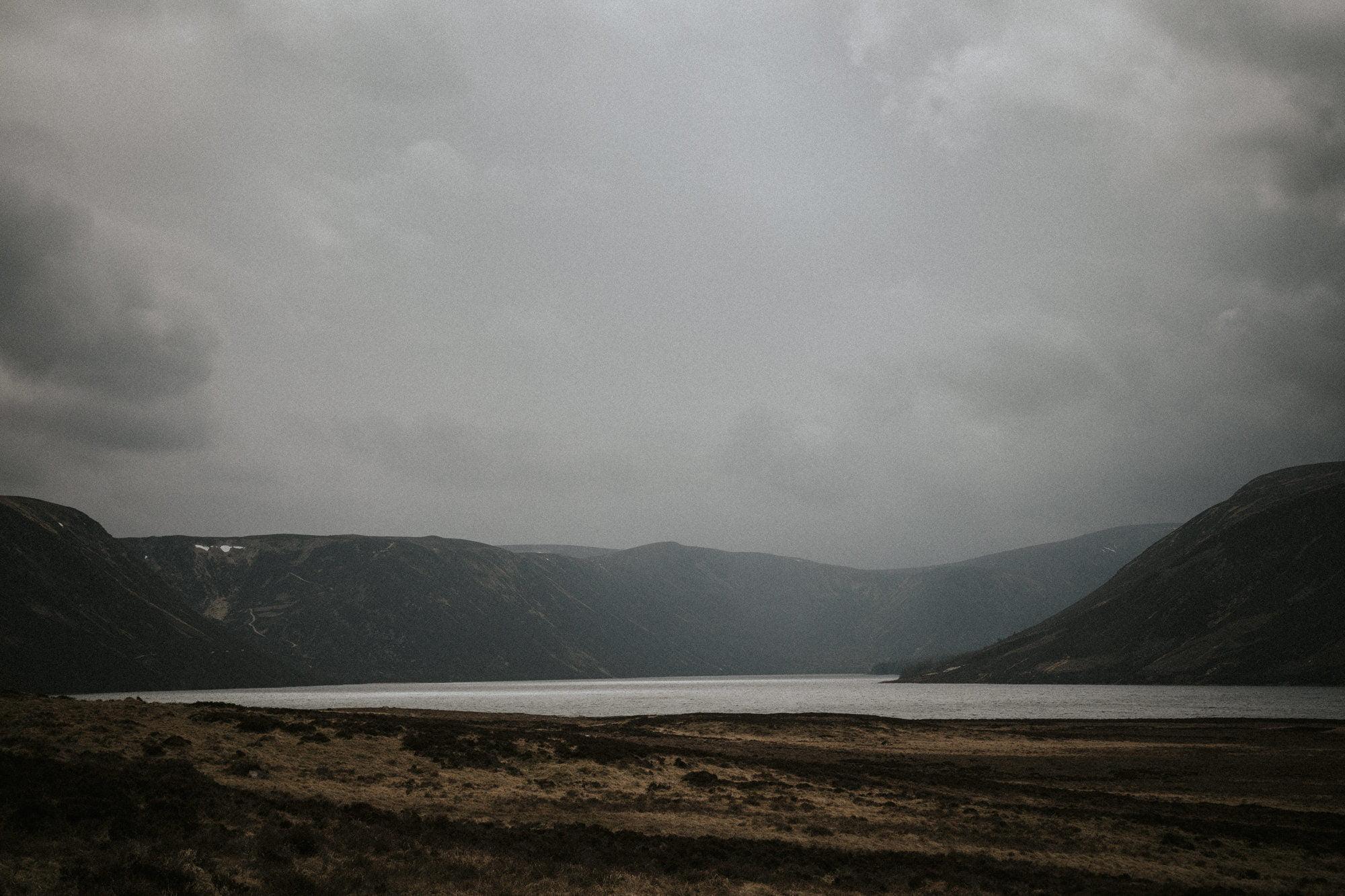 Loch Ullapie elopement, Aviemore elopement, Cairngorms elopement in the Scottish Highlands Lochs